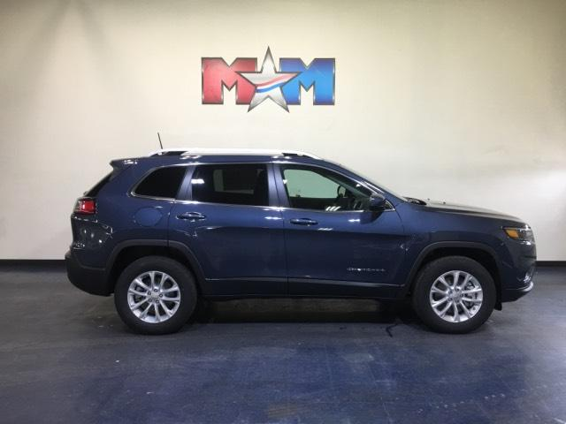 Pre-Owned 2019 Jeep Cherokee Latitude 4x4