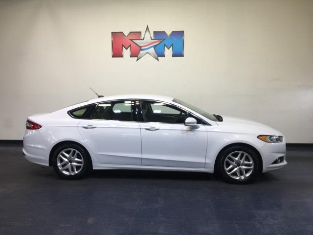 Pre-Owned 2015 Ford Fusion 4dr Sdn SE FWD