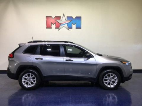 Pre-Owned 2016 Jeep Cherokee 4WD 4dr Sport